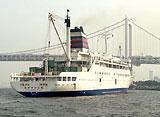 東京クルーズ 東京湾の船