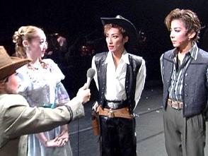 TAKARAZUKA NEWS Pick Up #13「月組日生劇場公演『オクラホマ!』舞台レポート」