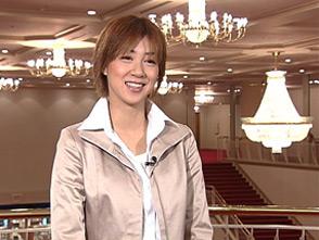 TAKARAZUKA NEWS プレイバック!「きらめくタカラジェンヌ「凰稀かなめ」」〜2004年11月より〜