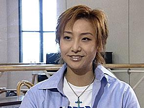 TAKARAZUKA NEWS プレイバック!「大空祐飛ディナーショー「Spark!!」インタビュー」〜2003年9月より〜