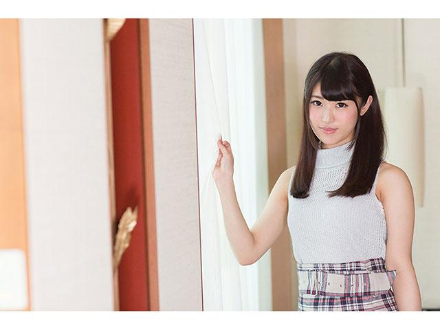 S-Cute ami(20) パイパン娘と体温を感じ合うSEX