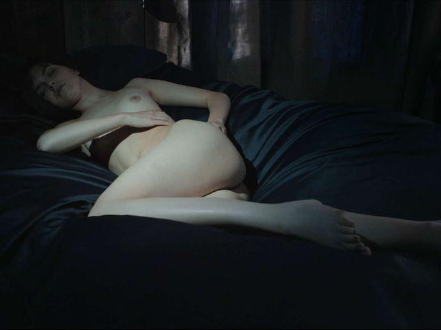 美しすぎる裸婦