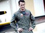 歴史に残る空中戦:F4Fと零戦