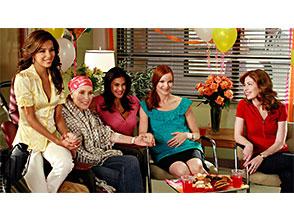 デスパレートな妻たち シーズン4 第2話 作り笑いの達人
