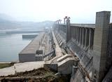 びっくり!ギガ建造物 世界最大の水力発電ダム