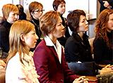 TAKARAZUKA NEWS プレイバック!「星組韓国公演メンバー小林一三翁お墓参り/星組韓国公演出発式」〜2005年11月より〜