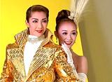 TAKARAZUKA NEWS プレイバック!「月組公演『JAZZYな妖精たち』『REVUE OF DREAMS』ポスター撮影風景」〜2005年8月より〜